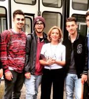 Gli studenti con la De Gregorio