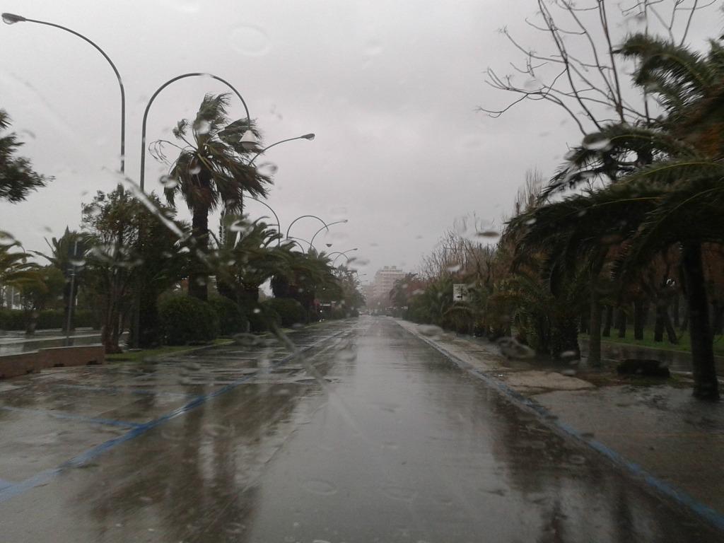 Riviera oggi tornano il maltempo e la pioggia nelle marche for Planimetrie sul lungomare