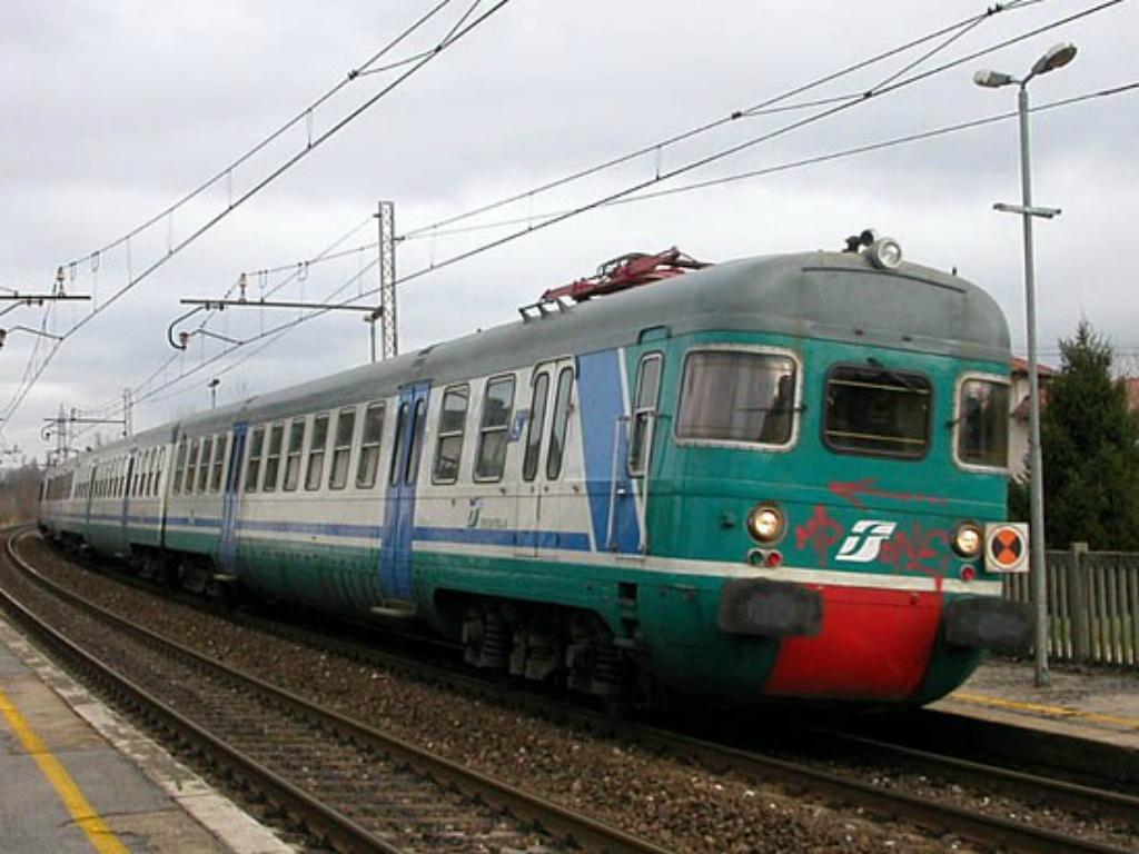 Maltempo treni in ritardo sulla linea adriatica riviera - Immagini del treno per colorare ...
