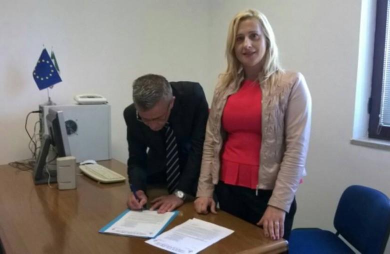 I due sindaci firmano la richiesta