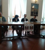 Il Sindaco Enrico Piergallini insieme agli organizzatori del Concorso