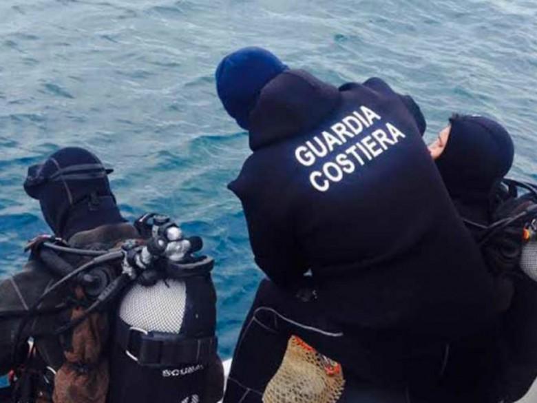 Sub della Guardia Costiera (foto tratta dal sito newz.it)