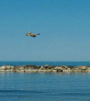 Canadair a Cupra (foto di Marco Catasta)