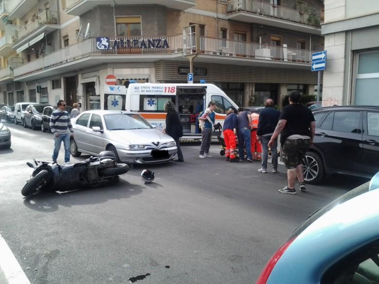 Incidente all'incrocio di via Giovanni XXIII e Balilla, 5 maggio
