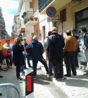 Riunione tra i negozianti e l'ingegner Felicetti nella mattinata del 25 maggio