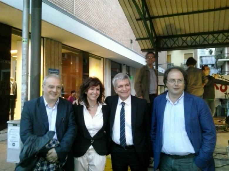 Nichi Vendola con i candidati consiglieri del Piceno