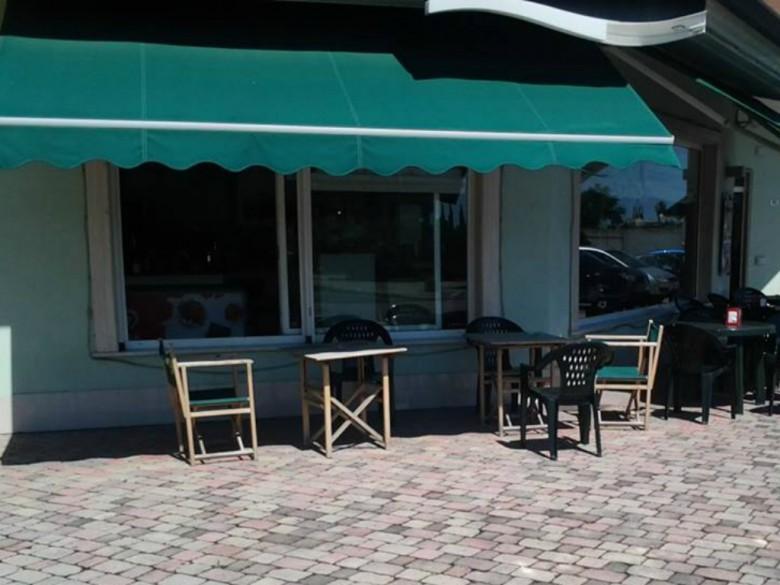 I ladri hanno rubato dal bar il fondo cassa, 26 giugno