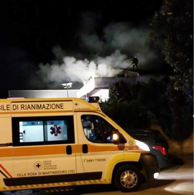 incendio in via dell'industria a Martinsicuro