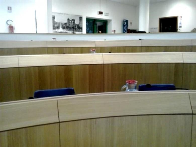 Sala Consiliare deserta