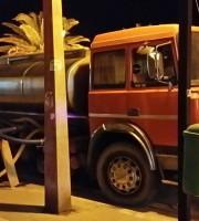 autobotte in azione a Martinsicuro