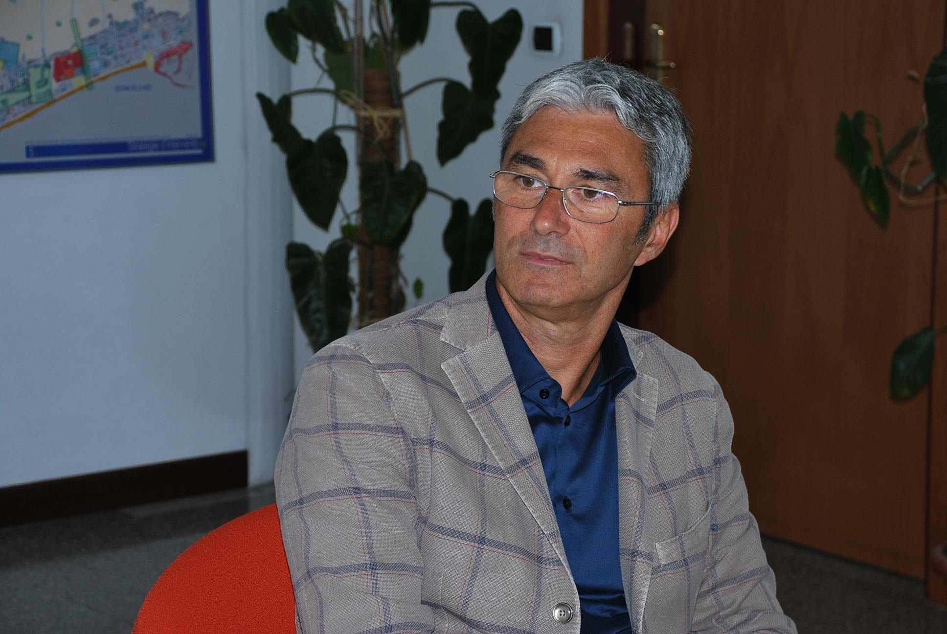 """Ado Evangelisti è il nuovo dirigente dell'Isc """"Sud"""" - Riviera Oggi"""