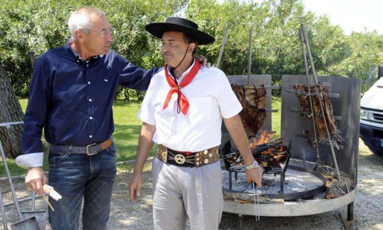 Ortega con mister Reja (foto da sololalazio.blog.tiscali.it)