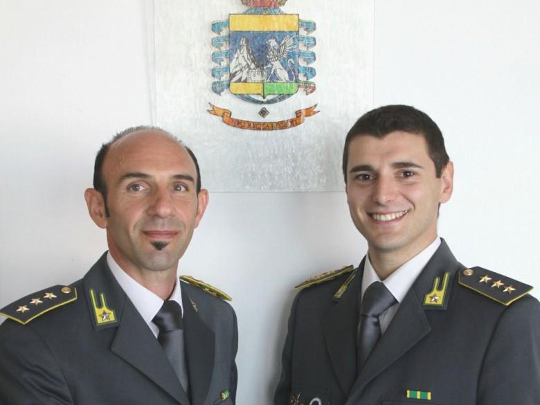 Capitano Bizzocco e Capitano Granati (foto della Gdf di San Benedetto del Tronto)
