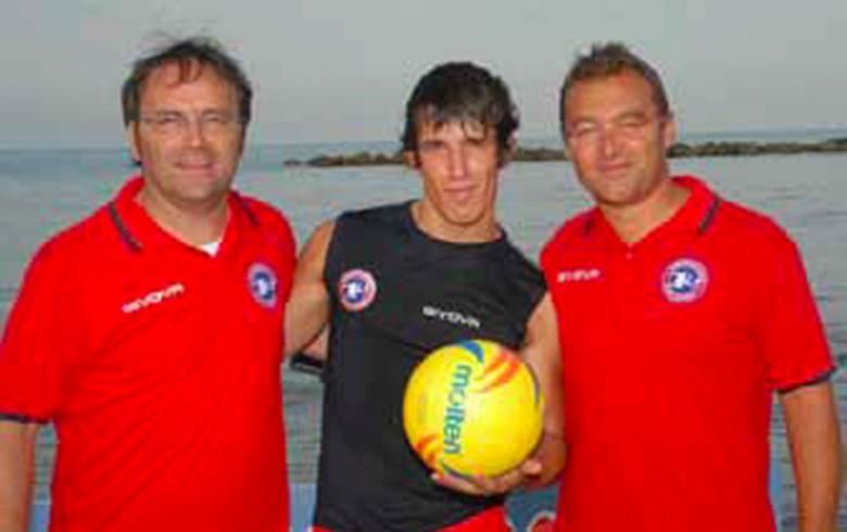 Roberto Rossetti (a destra)  con il mister e Gunther Celli