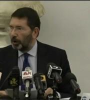 Ignazio Marino durante la conferenza stampa di addio