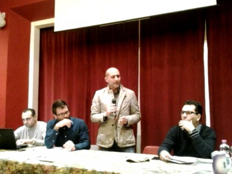 Al centro, Paolo Canducci