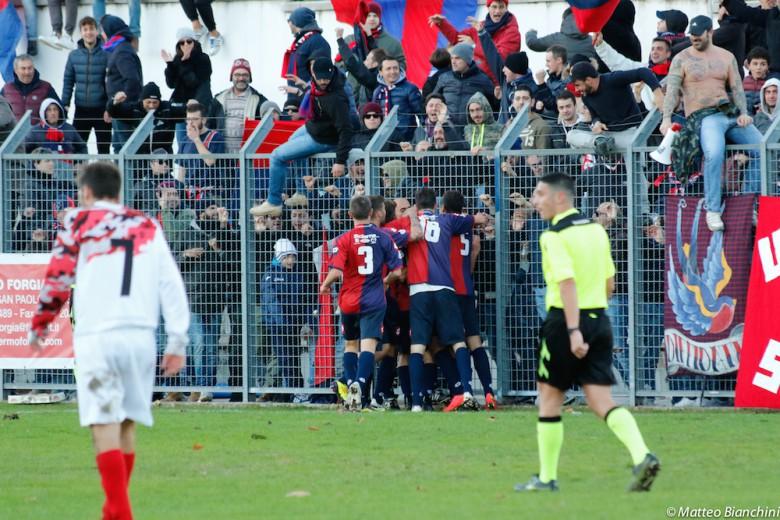 Jesina-Samb 0-2, festa per il raddoppio di Pezzoti