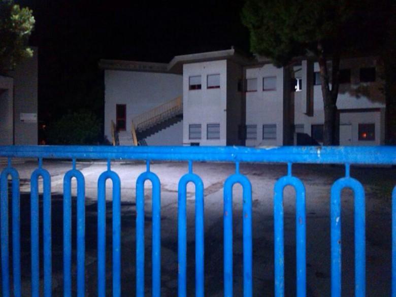 la scuola di Villa Rosa ancora bersaglio dei vandali