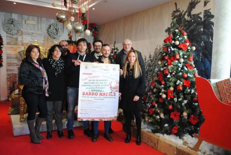 Babbo Natale 2015 a Centobuchi sede associazione CentoPerCento con direttivo presidente e assessori Aragrande ed Grelli