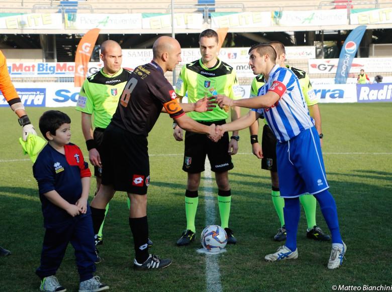 Samb-San Nicolò 3-1, ingresso in campo