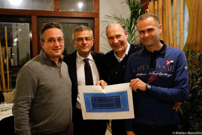 L'assessore D'Ambrosio, il sindaco Camaioni, il presidente regionale federale Ginestra e il presidente del circolo Tommolini