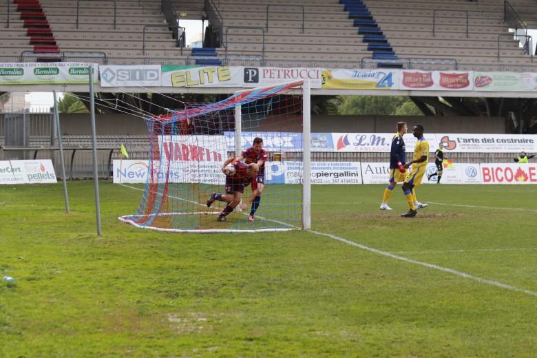 Samb-Fermana, il gol di Sabatino (foto Bianchini)