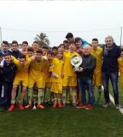 Il Pescara vince il secondo torneo Riviera delle Palme, premiano il presidente Fedeli e il presidente Noi Samb Guido Barra