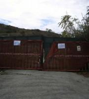 L'area della ex fornace dove sono presenti rifiuti speciali