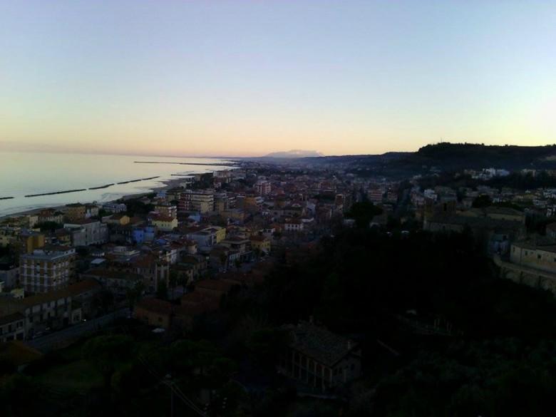 Grottammare vista dal Paese Alto (foto di Leonardo delle Noci)