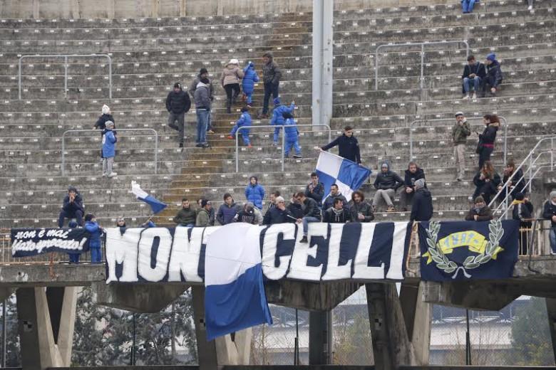 Monticelli-Samb, tifosi di casa foto bianchini