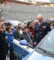 Visita dei studenti al Commissariato di Polizia, 22 febbraio (foto Questura di Ascoli Fermo)