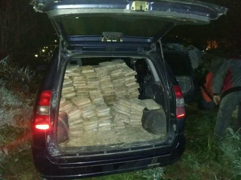 400 mattoni rubati (foto della Questura di Teramo)