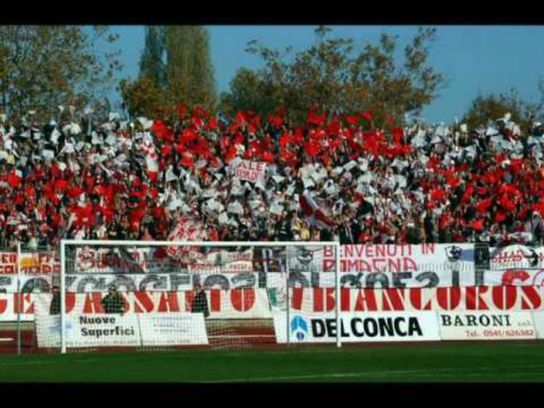 Tifosi Rimini (foto tratta da Youtube)