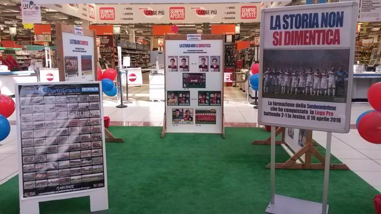 La mostra (da pagina Facebook centro commerciale Porto Grande)