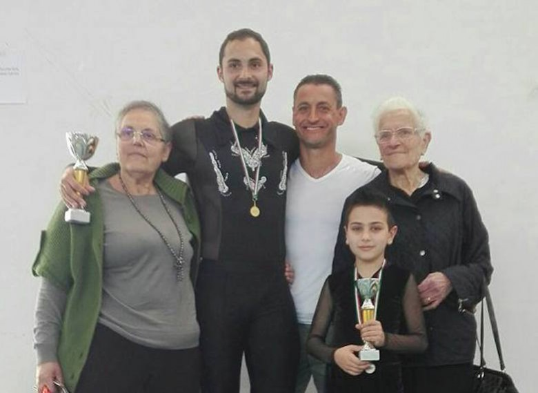 Anna Maria Laghi e Rosa Bovara con i Campioni regionali