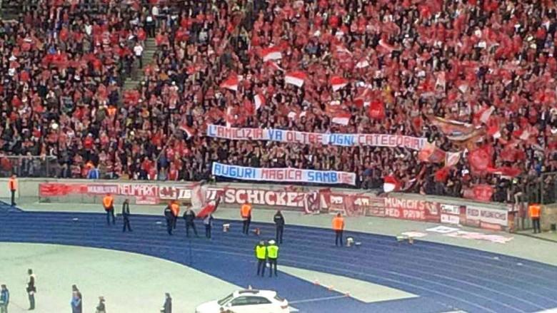 I tifosi del Bayern si congratulano per la promozione della Samb in Lega Pro foto postata su Fb da Sambenedettese Calcio