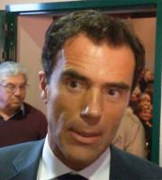 Sandro Gozi, alle sue spalle il presidente dell'Itb Giuseppe Ricci