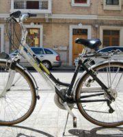 Bici rubate (foto Polizia di San Benedetto del Tronto)