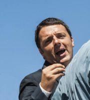 04/09/2013 Roma, Campidoglio. Incontro tra il sindaco di Firenze e il sindaco di Roma. Nella foto Matteo Renzi e Ignazio Marino durante la passeggiata al Foro Romano
