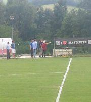 La Samb ad Amatrice, pre partita in cui si scorge anche il patron Fedeli in campo