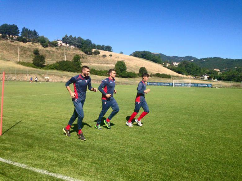 Rossoblu a Cascia (foto tratta dalla pagina Fb Sambenedettese Calcio)