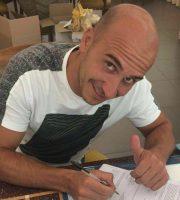 Sabatino firma il rinnovo (foto rilasciata dalla Sambenedettese)