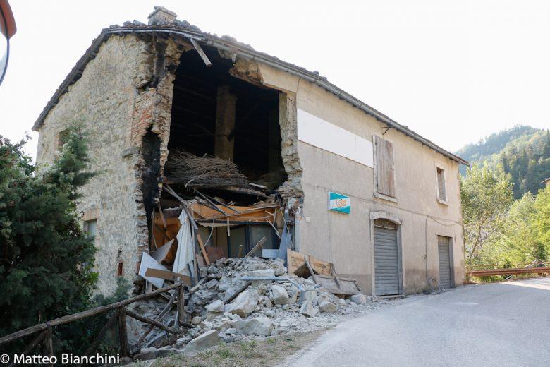 Arquata, casa semidistrutta dal sisma
