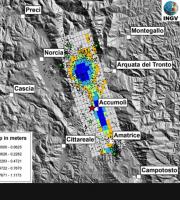 Modello preliminare di distribuzione dello spostamento sulla faglia, dai dati ALOS2, Sentinel 1 e GPS in continuo. In rosso l'epicentro dell'evento principale, i punti neri sono le repliche rilocalizzate in modo preliminare con la procedura NonLinLoc (Fonte INGV)