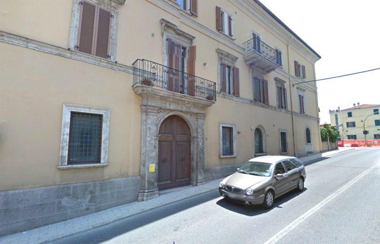 Palazzo Montani in Via Cavour che ospitò l'ultima sosta di un papa a San Benedetto: PioIX il 18 maggio 1857