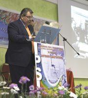 Giovanni D'Angelo durante la cerimonia di intitolazione dell'IPSIA ad Antonio Guastaferro, il 30 aprile scorso.