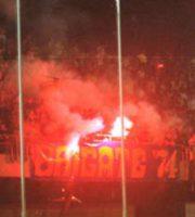 Tifosi della Fermana allo stadio di San Benedetto, estate 1999 (foto tratta dal sito brigategialloblu.com)