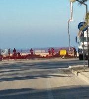 i lavori per l'installazione dell'antenna sul lungormare nord di Martinsicuro