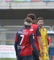 Samb-Modena 1-1, Mancuso con una fasciatura in testa dopo scontro di gioco
