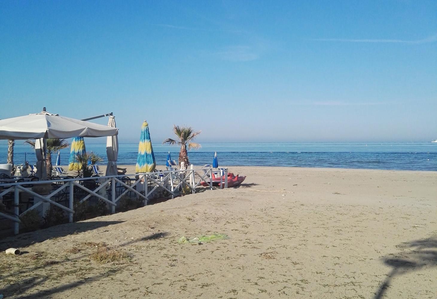 Matrimonio Spiaggia Grottammare : Rimessaggio in spiaggia natanti da spostare a grottammare